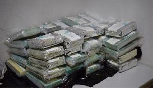 Drugs onderschept op JAP luchthaven