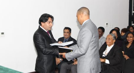 Hof van Justitie presenteert aandachtspunten aan minister Getrouw