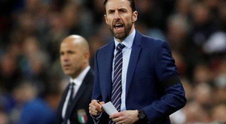 Engelse bondscoach verklaart zijn opvallende WK-selectie.