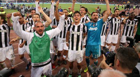 Juventus voor zevende keer op rij kampioen van Italië