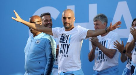 Guardiola verlengt contract bij Manchester City