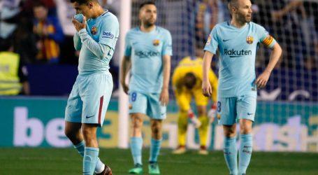 Levante bezorgt Barcelona eerste nederlaag in La Liga in 400 dagen