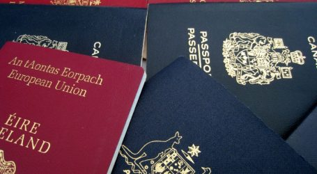 48 iIllegalen gedeporteerd