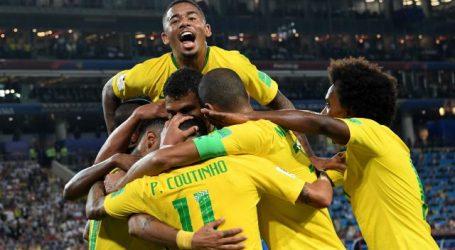 Brazilië plaatst zich voor achtste finales van WK na zege op Servië