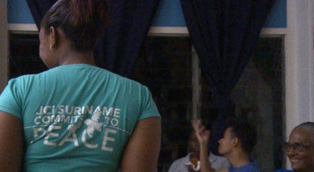 JCI Paramaribo helpt bewustzijn dovencultuur stimuleren