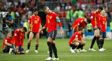 Spanje na strafschoppen uitgeschakeld door gastland Rusland op WK