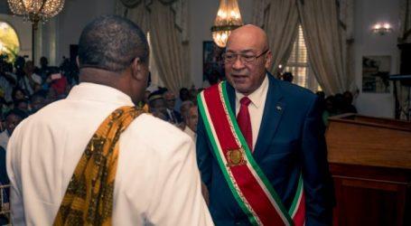 Granman Aboikoni officieel beëdigd