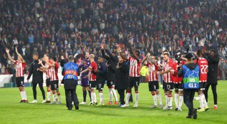 PSV wint ook thuis van BATE Borisov en plaatst zich voor Champions League