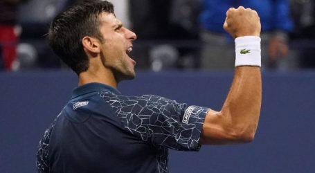 Djokovic verslaat Nishikori en staat in finale US Open