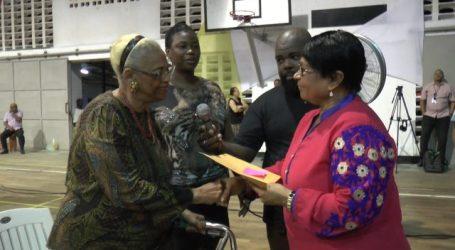 Bewoners Wanica krijgen grondpapieren in handen