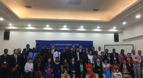 Mediawerkers sluiten bezoek aan China succesvol af