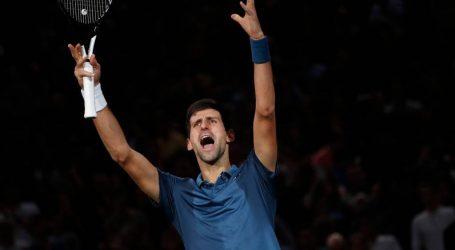 Djokovic wint marathonpartij van Federer en bereikt finale in Parijs