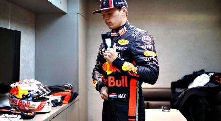 Max Verstappen heeft eerste ronde gereden in de nieuwe auto van Red Bull