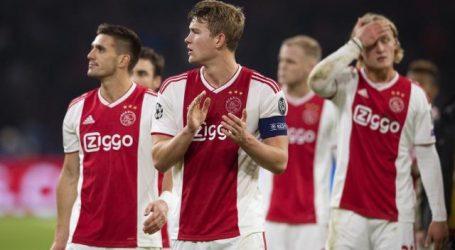Ajax dicht bij uitschakeling in Champions league na verlies tegen Real Madrid