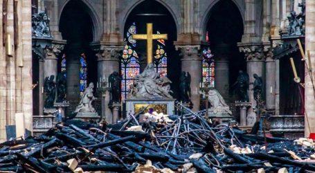 Franse minister: Genoeg geld binnen voor restauratie Notre – Dame