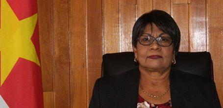 Minister Samsoedien stelt portefeuille ter beschikking