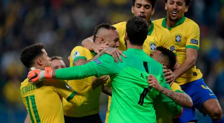 Brazilie bereikt halve finale Copa América