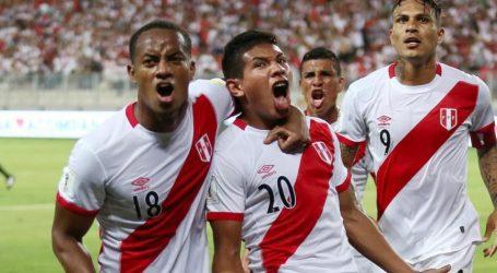 Peru treft titelverdediger Chili in halve finale