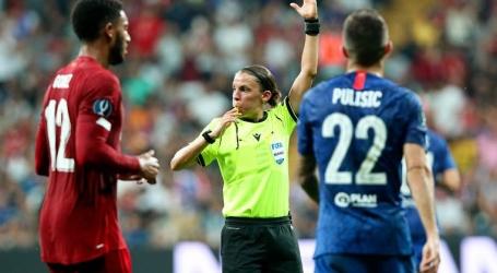 Stéphanie Frappart floot Europese Supercup tussen Liverpool en Chelsea