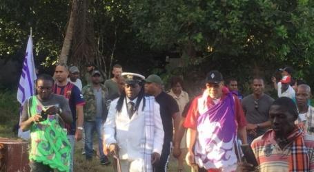 President Bouterse bezoekt Witagron en nabije dorpen