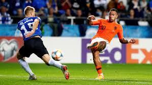 'Supertrotse' Memphis blij met hoofdrol in vijftigste Oranje-interland