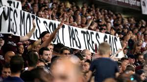 Voorzitter Franse voetbalbond tegen staken van duels bij homophobe uitingen