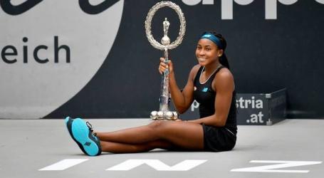 Toptalent Gauff (15) in Linz jongste toernooiwinnares in vijftien jaar