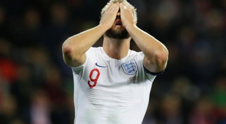 Engeland moet plaatsing voor EK uitstellen na nederlaag tegen Tsjechië