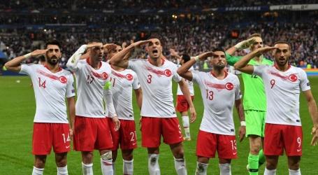 Turkije riskeert straf UEFA omdat spelers opnieuw salueren na doelpunt