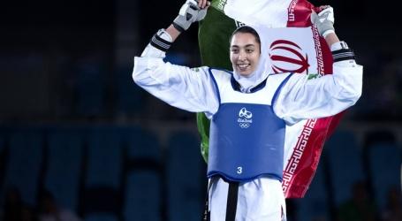 Gevluchte Iraanse taekwondoka traint in Nederland