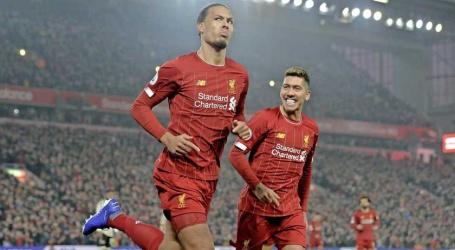 Liverpool dankzij scorende Virgil van Dijk nog steviger aan kop in Premier League.