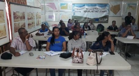 LVV traint landbouwvoorlichters Nickerie in herkennen quarantaine ziekten