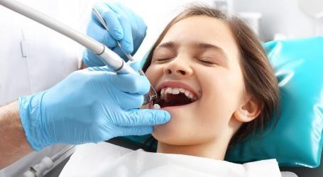 Google moet auteur van slechte recensie Australische tandarts onthullen