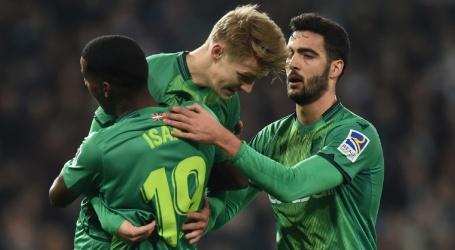 Isak en Ödegaard elimineren Real Madrid in krankzinnig duel