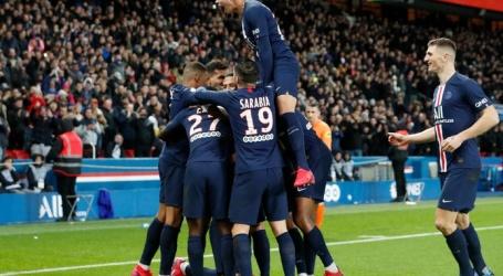 PSG laat terug knokkend Lyon toch kansloos