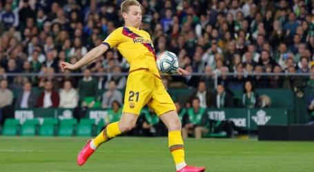 Scorende De Jong en met assists strooiende Messi leiden Barça langs Betis
