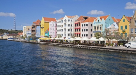 Curaçao kondigt lockdown af om coronavirus