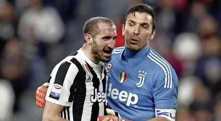 Juventus-iconen Buffon en Chiellini ook volgend jaar ploeggenoten van De Ligt