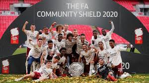 Arsenal klopt Liverpool na penalty's en wint zestiende Community Shield