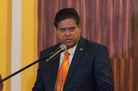 President Santokhi: ''Betrouwbare data noodzakelijk''