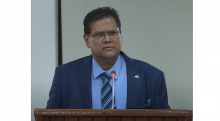 President Santokhi: Geen cent verduisterd of uitgegeven aan nieuwe NV