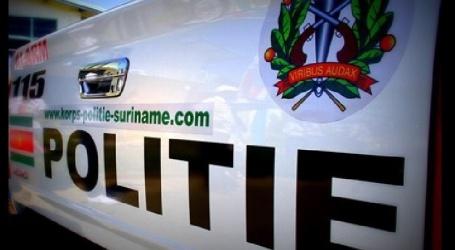 Twee broers voor bedreiging en vernieling aangehouden en opgesloten door de politie