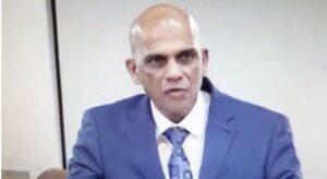 """Minister Achaibersing: """"Recht in de ogen aankijken met opgeheven hoofd"""""""