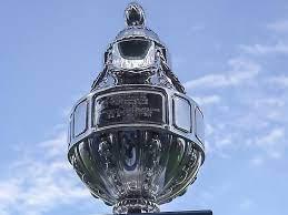 Ajax of Vitesse krijgt de trofee bij bekerwinst niet van een clubcoryfee