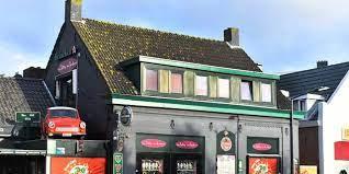Man krijgt vier jaar voor inrijden op cafébezoekers in Rijsbergen