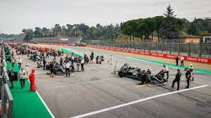 Formule 1 vervroegt kwalificatie in Imola wegens uitvaart prins Philip