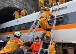 Tientallen doden bij treinongeval in Taiwan