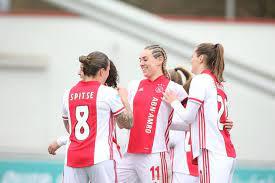 Ajax Vrouwen wint Eredivisie Cup na zege op FC Twente