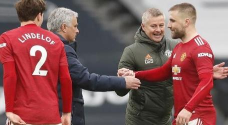 Mourinho woest op Solskjaer na commentaar op 'toneelspeler' Son in topper