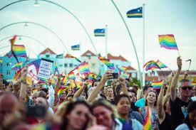 'Parlement Curaçao moet aan het werk na baanbrekend vonnis opengesteld huwelijk'